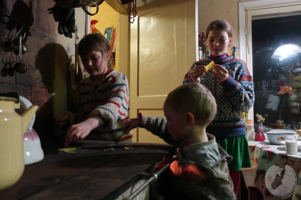 Tammeogu lapsed küpsedavad omal kannatist